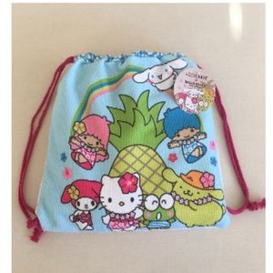 NWT Loot Crate Hello Kitty & Friends Cinch Towel